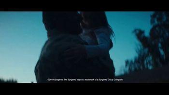 Syngenta TV Spot, 'Shoulders' - Thumbnail 9