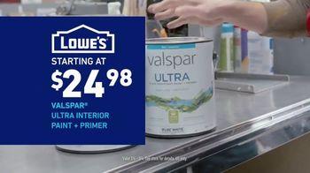 Lowe's Bath Savings Event TV Spot, 'Refreshing Bath Updates: Valspar Paint' - Thumbnail 9