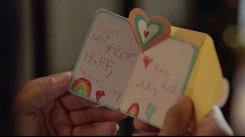 Hallmark TV Spot, 'Love, Kate' - Thumbnail 8
