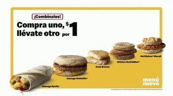McDonald's Buy One Get One for $1 TV Spot, '¡Amor, vamos!' [Spanish] - Thumbnail 5