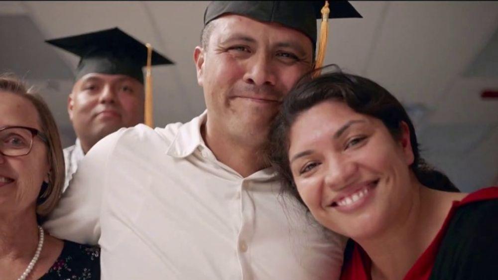 Dollar General Literacy Foundation TV Commercial, 'Regresar a la escuela'