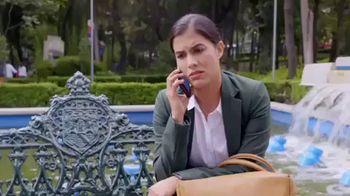 T-Mobile TV Spot, 'Univision: Rubi' [In-Show Integration] [Spanish] - Thumbnail 4