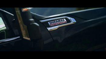 GMC Sierra TV Spot, 'Jaw Drop: Bear' [T1] - Thumbnail 8