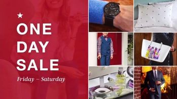 Macy's Valentine's Day One Day Sale TV Spot, 'Jewelry and Fragrance' - Thumbnail 1