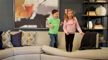 Ethan Allen TV Spot, 'Active Family Life: Save 25 Percent' - Thumbnail 2