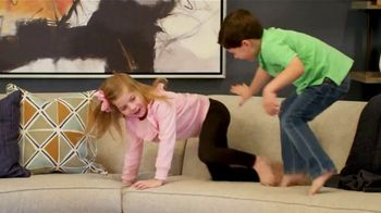 Ethan Allen TV Spot, 'Active Family Life: Save 25 Percent' - Thumbnail 5