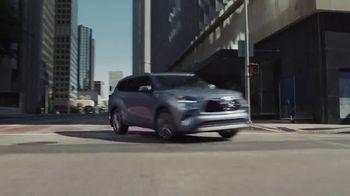 Toyota Highlander TV Spot, 'Allies' [T1] - Thumbnail 4