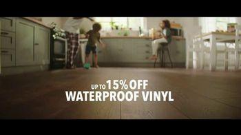 Lumber Liquidators TV Spot, 'Transform Your Home: Bellawood and Vinyl' Song by Electric Banana - Thumbnail 7