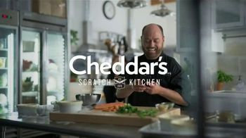 Cheddar's Scratch Kitchen Chicken Pot Pie TV Spot, 'Comfort Food' - Thumbnail 1