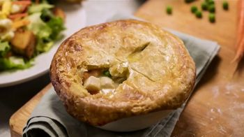 Cheddar's Scratch Kitchen Chicken Pot Pie TV Spot, 'Comfort Food' - Thumbnail 6