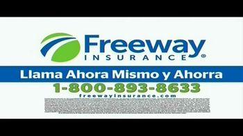 Freeway Insurance TV Spot, 'Más de 35 años de experiencia' [Spanish] - Thumbnail 8