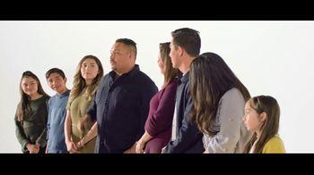 Verizon TV Spot, 'Aceves Family: Apple Music + $650' - Thumbnail 2