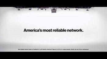 Verizon TV Spot, 'Aceves Family: Apple Music + $650' - Thumbnail 7