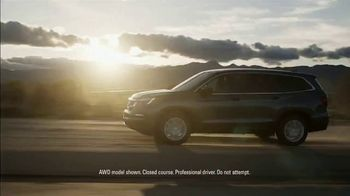 Honda Presidents Day Sales Event TV Spot, 'Hail to the Sale' [T2] - Thumbnail 3