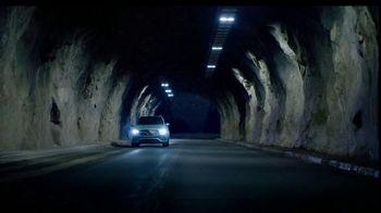 2020 Mercedes-Benz GLE TV Spot, 'Alice in Wonderland' [T2] - Thumbnail 3