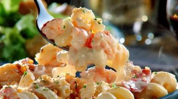 Red Lobster Create Your Own Ultimate Feast TV Spot, 'Lobster and Shrimp Rangoon' - Thumbnail 2