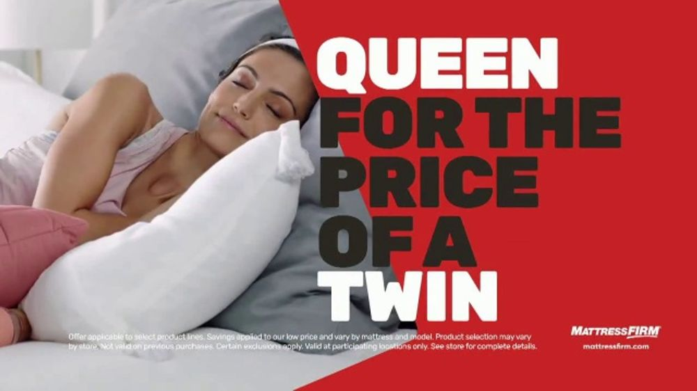 Mattress Firm Cyber Monday Sale TV Commercial, 'King For Queen: Weighted Blanket'