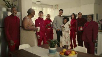 Folgers TV Spot, 'The Visit' - Thumbnail 9