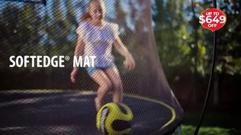 Springfree Trampoline Black Friday Sale TV Spot, 'Discover the Difference' - Thumbnail 3