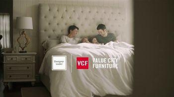 Value City Furniture TV Spot, 'Dream Mattress Studio: $500 Off' - Thumbnail 2