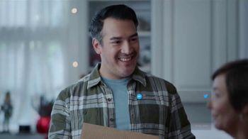 Walgreens TV Spot, 'True Holiday Story: Worst Gift' - Thumbnail 4