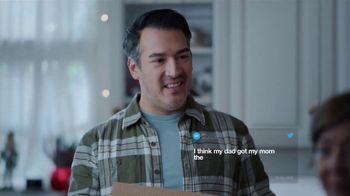 Walgreens TV Spot, 'True Holiday Story: Worst Gift' - Thumbnail 5