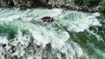 Land Rover Season of Adventure Sales Event TV Spot, 'River Rafting' [T2] - Thumbnail 1