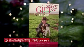 Samaritan's Purse TV Spot, 'Christmas Gift Catalog' - Thumbnail 5