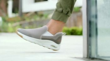 SKECHERS Arch Fit TV Spot, 'Stress on Our Feet'