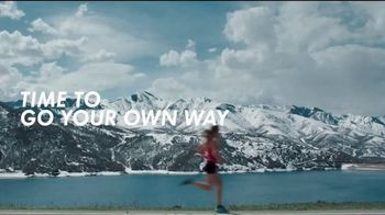 Hoka One One TV Spot, 'Time to Be the Change' Song by The Chambers Brothers - Thumbnail 4