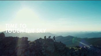 Hoka One One TV Spot, 'Time to Be the Change' Song by The Chambers Brothers - Thumbnail 5