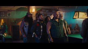 Sprint TV Spot, 'Holidays: Roadside Bar: Galaxy S10' con Prince Royce [Spanish] - Thumbnail 4