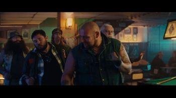 Sprint TV Spot, 'Holidays: Roadside Bar: Galaxy S10' con Prince Royce [Spanish] - Thumbnail 6