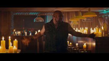 Sprint TV Spot, 'Holidays: Roadside Bar: Galaxy S10' con Prince Royce [Spanish] - Thumbnail 7