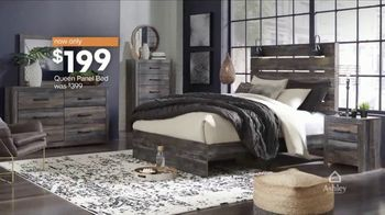 Ashley HomeStore Black Friday TV Spot, 'Final Days: Queen Panel Bed' Song by Midnight Riot - Thumbnail 4