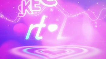 SKECHERS Heart Lights TV Spot, 'Glitter and Glow' - Thumbnail 1