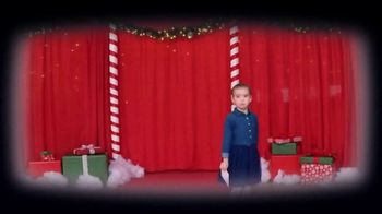 Bob's Discount Furniture TV Spot, 'Holidays: Collecting Postcards for Santa' - Thumbnail 5
