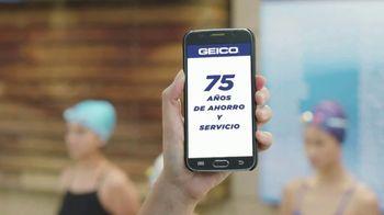 GEICO TV Spot, 'Equipo de natación' [Spanish] - Thumbnail 2
