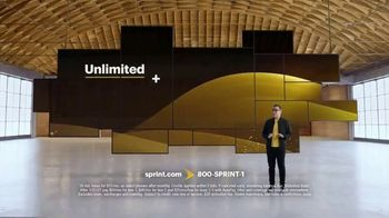 Sprint Holiday Deals TV Spot, 'Unlimited Plan + One of the Newest Phones' - Thumbnail 10
