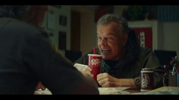 Dr Pepper TV Spot, 'Fansville: Season Finale' Featuring Eddie George - Thumbnail 6
