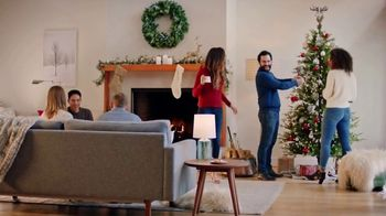 Starbucks TV Spot, 'Bring Home the Joy' - Thumbnail 4
