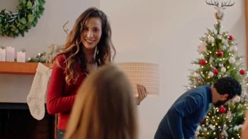 Starbucks TV Spot, 'Bring Home the Joy' - Thumbnail 5