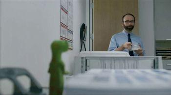 GEICO TV Spot, 'The Gecko Makes Copies' - Thumbnail 6