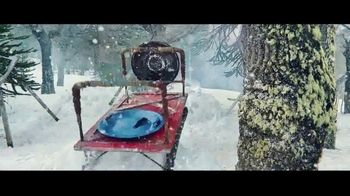 Apple iPhone 11 Pro TV Spot, 'Snowbrawl' - Thumbnail 6