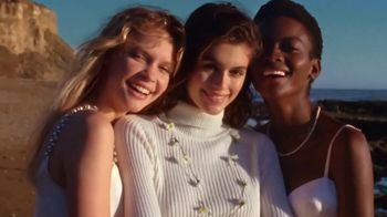 Marc Jacobs Daisy TV Spot, 'Nothing Can Stop Us' Featuring Kaia Gerber Song by Saint Etienne - Thumbnail 8