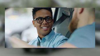 CarMax TV Spot, 'Personal Assistant' Featuring Mojo Rawley - Thumbnail 10