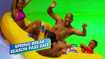 Six Flags Spring Break Season Pass Sale TV Spot, 'Up to 65 Percent' - Thumbnail 9