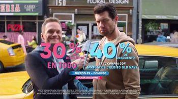Old Navy TV Spot, '¿Qué es mejor que fleece?: 30 por ciento' con Neil Patrick Harris, Billy Eichner [Spanish] - Thumbnail 8