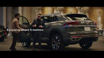 Volkswagen Atlas Cross Sport TV Spot, 'The Accountant: Part I' Featuring Paul Giamatti [T1] - Thumbnail 10