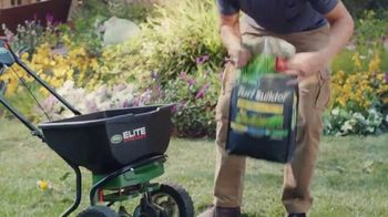 Scotts Turf Builder Triple Action TV Spot, 'Triple Threat' - Thumbnail 4